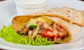 Kebabas su vištiena ir sūriu