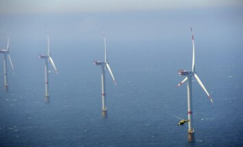 Vėjo turbinos jūroje