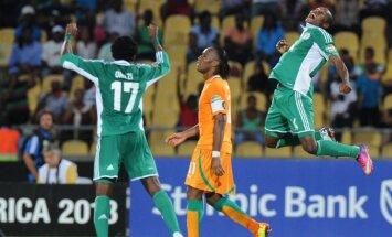 Didier Drogba (viduryje)