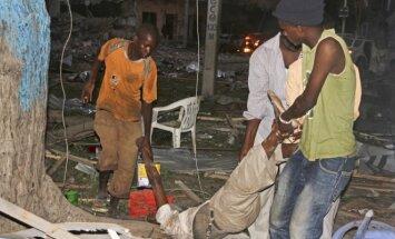 Sprogimas prie Mogadišo viešbučio