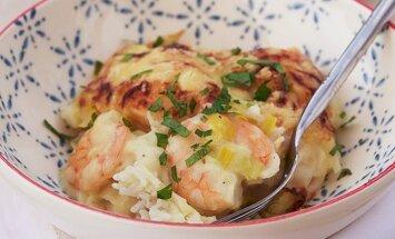 Lengva vakarienė: krevečių ir ryžių užkepėlė
