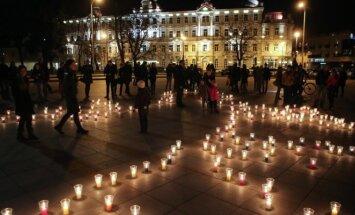 Žemės valanda Vilniaus Katedros aikštėje