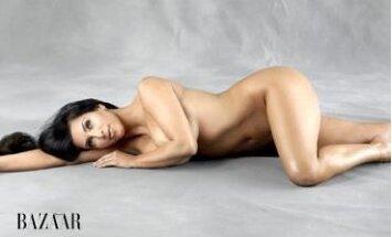 Kim Kardashian Harper & Bazaar nuotr.