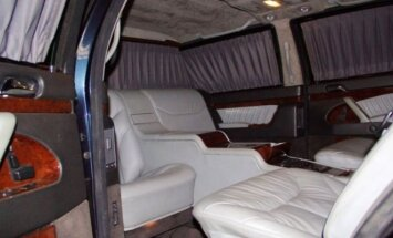 Mercedes-Benz Guard Pullman S600