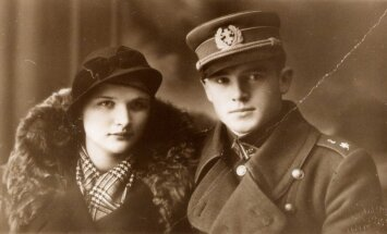 General Jonas Noreika with his future wife Antanina Karpavičiūtė, Palanga circa 1936