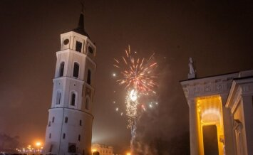 Vilniuje dangų nušvietė įspūdingi fejerverkai