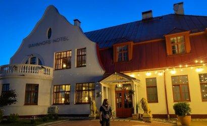 Netoli Rusijos sienos latvių gyvenimas verda: naktimis čia vilioja prabanga tviskantys viešbučiai, dieną – malonumų oazė gamtoje