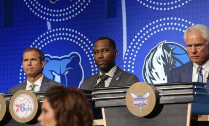 """""""76ers"""" generaliniu vadybininku tapo buvęs pirmasis NBA naujokų biržos šaukimas Brandas"""