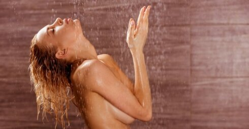 Darydamos tai vonioje, dvigubai padidinate vėžio riziką