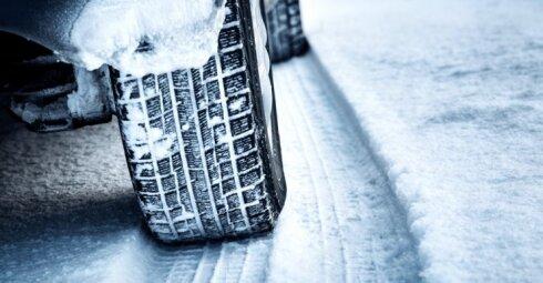 5 taisyklės, kurių būtina laikytis vairuojant pasnigus