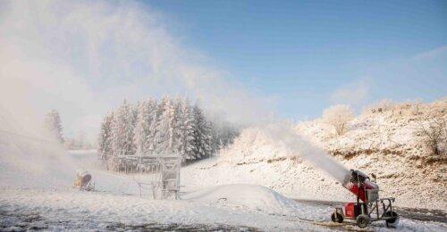Liepkalnyje jau gaminamas sniegas: jei nebus leidžiama dirbti, gresia bankrotas