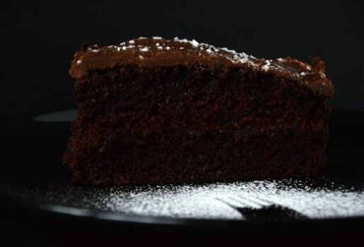 Kakavinis pyragas be kiaušinių ir be riebalų