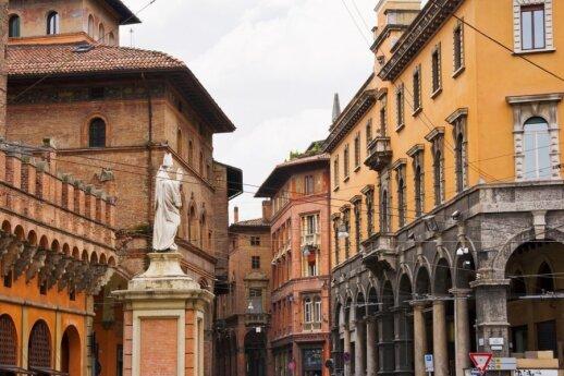 Bolonija, Italija