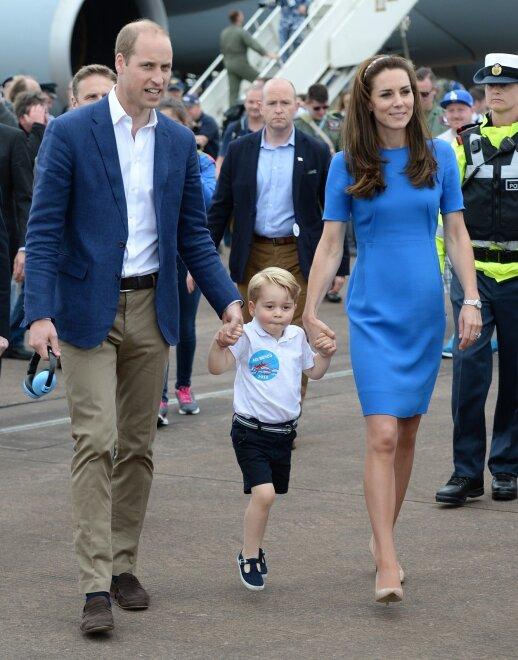 Princas Williamas su Kate Middleton ir princu George'u