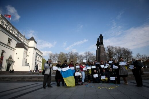 Lithuanians have expressed solidarity with Euromaidan on many occassions