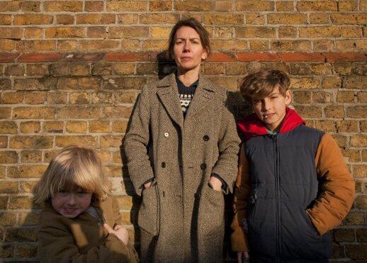 Tomas Sweetas su mama ir broliu