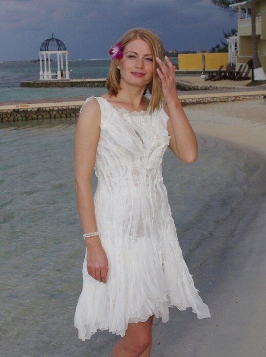 Viltės Kazlauskaitės sukurta vestuvinė suknelė. www.vilte.net. Šilkas ir vilna.