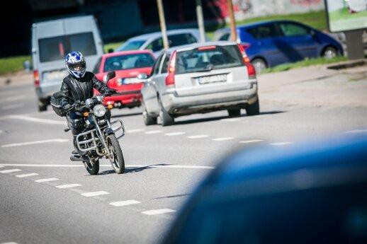 DELFI pristato Lietuvos vairavimo mokyklų instruktorių reitingą