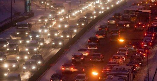 Oro tarša: pramonės gigantai užleidžia vietą transportui