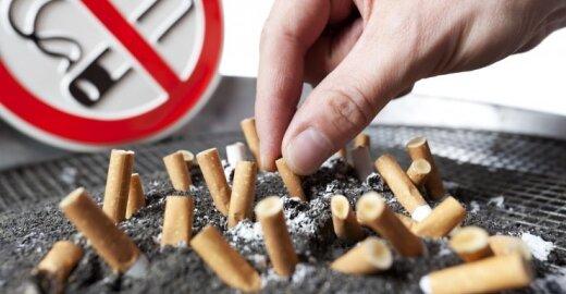 Europoje galėtų atsirasti standartizuoti cigarečių pakeliai