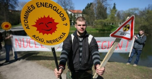Vokietijos spauda: Europa gaus iš karto penkis Černobylius