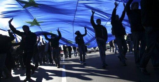 Vokiečiai ir britai nori blokuoti ES sprendimus