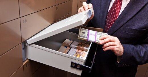 Bankų reforma: vartotojai bus atskirti nuo rizikingų paslaugų