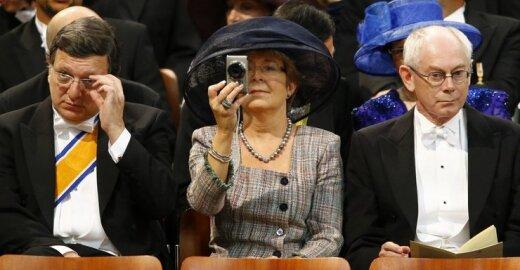 Herman Van Rompuy (d) ir jo žmona Geertrui Windels