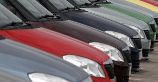ES ieško degalų alternatyvų ekologiškiems automobiliams