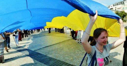 Ar įmanoma šilta trilypė meilė tarp ES, Ukrainos ir Rusijos?