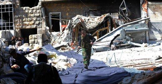 EP narys E. Brokas: derybos dėl Sirijos vis dar bus reikalingos nepaisant karinių veiksmų