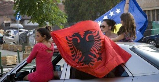ES panaikinus vizas albanams ir bosniams, ES iki galo nepripažintas Kosovas liks izoliuotas
