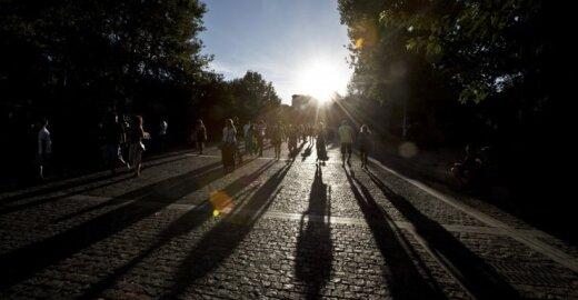 Graikijoje jau matosi šviesa tunelio gale