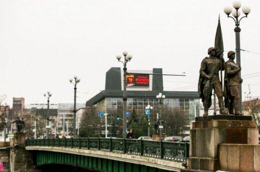 Nukels Žaliojo tilto skulptūras