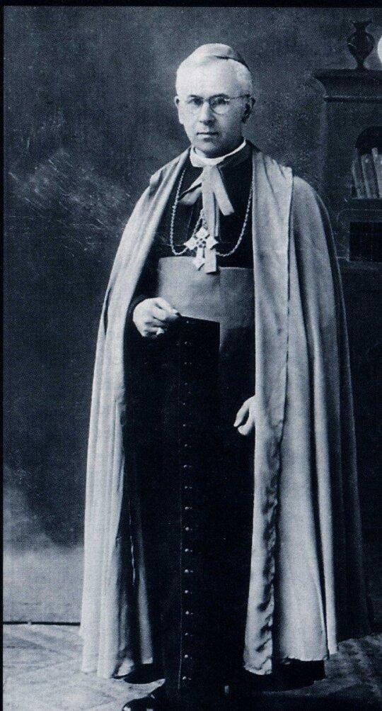 """Vysk. Vincentas Borisevičius (Tuskulėnų dvaro teritorijoje ekshumuotų palaikų tyrimo ir identifikavimo ataskaita"""", Vilnius, 1997)"""