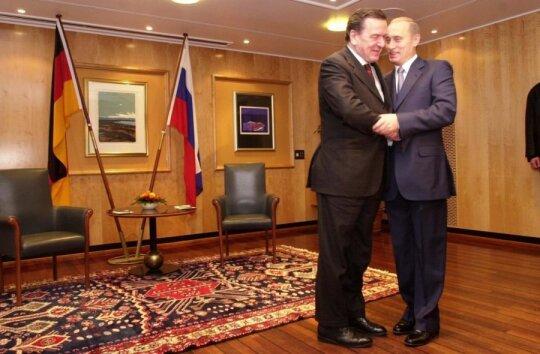 G. Schroederis ir V. Putinas, 2002 m.
