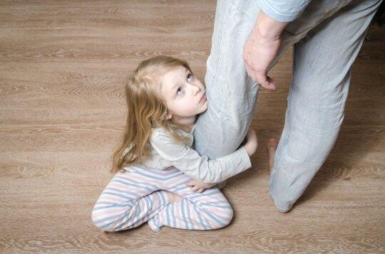 Nepavyko susivaldyti ir pratrūkote prie vaiko: ar tai – jau psichologinis smurtas?