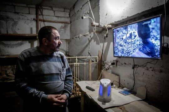 """<span style=""""color: #ff0000;"""">Laiškai iš Kalnų Karabacho.</span> Subombarduotas daugiabutis – tarsi išsiurbtas: ieškodamas mamos čia žuvo jaunas vyras"""