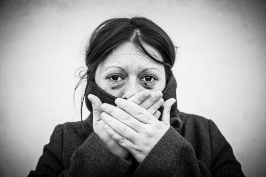 Trisdešimt metų apie patirtas kančias tylėjusi moteris ryžosi sukrečiančiai išpažinčiai: aš to niekam iki šiol nepasakojau