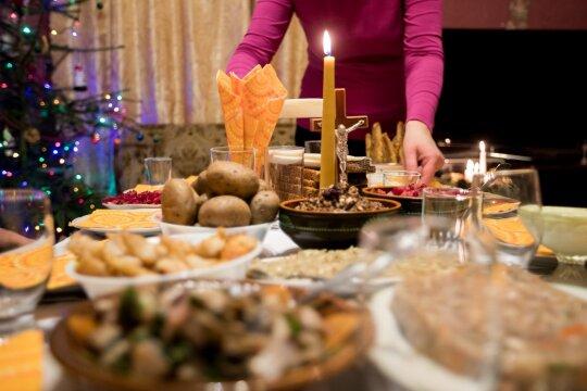 Planuojantiems Kūčių meniu: šiuos patiekalus daugelis lietuvių įpratę matyti ant šventinio stalo