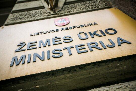 """<span style=""""color: #ff0000;"""">""""MG Baltic"""" byla.</span> Lagaminas eurų, nepatogūs Jolantos žaidimai ir asmeniniai pokalbiai apie Grybauskaitę"""