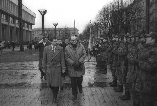 1993.01.17 Česlovas Juršėnas ir Audrius Butkevičius