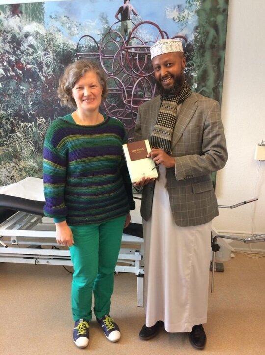 Jurgita Dikinienė su imamu (musulmonas-kunigas)
