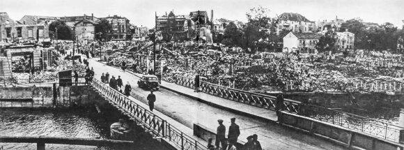 Sovietų subombarduotas Klaipėdos (Mėmelio) centras