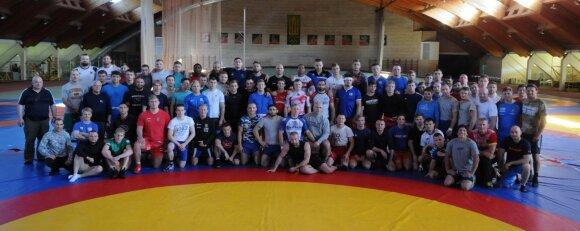 Imtynių treniruočių stovyklos Panevėžyje dalyviai / Foto: Valdas Malinauskas