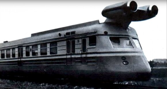 Reaktyvinis sovietinis traukinys