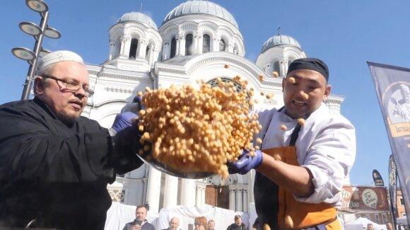 Kaune pasiektas naujas kulinarinis rekordas – išvirtas 213,55 kg svėręs uzbekiškas plovas