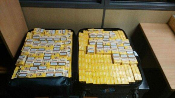 Patikrinę keleivio į Madridą lagaminus muitininkai aptiko didžiulę kontrabandą