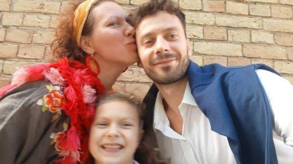 Mantas Daraškevičius su žmona Agne ir dukra Mėja