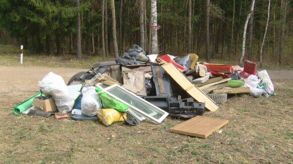 Nelegaliai sukrautos atliekos Vilniaus mieste